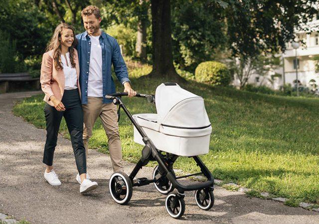 Cochecito de bebé en los parques de Orlando | ¿alquilar, comprar o llevar?