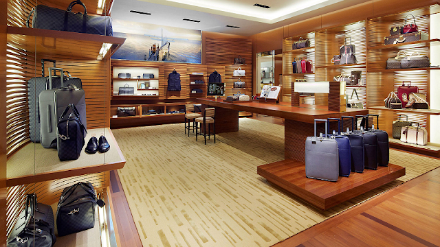 Productos de Louis Vuitton en tienda de Miami
