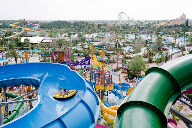 Atracciones y juguetes del Parque Aquatica
