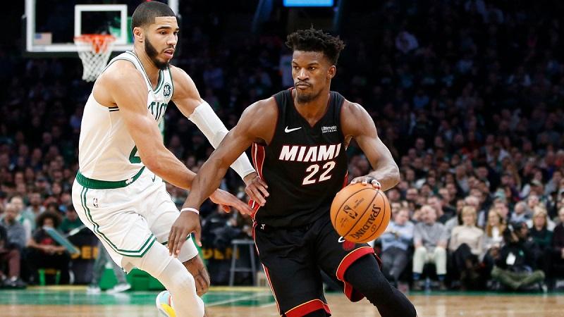 Juego de baloncesto (basket) de Miami Heat