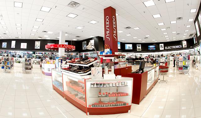 Perfumeland en Orlando - interior de la tienda