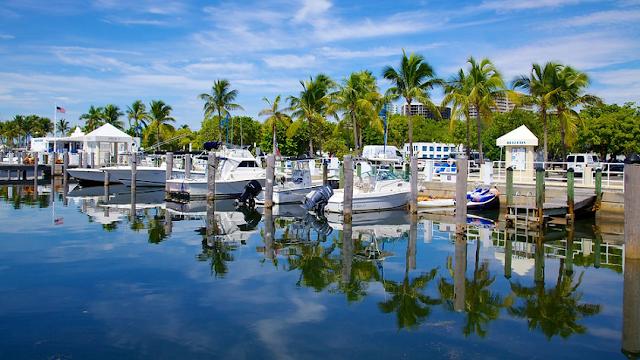 Coconut Grove en Miami durante el día