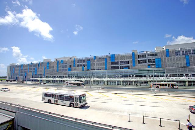 Aeropuerto Internacional de Fort Lauderdale (FLL)