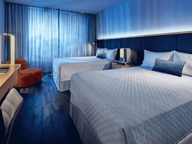 ¿Es mejor alojarse en una casa o en un hotel en Orlando?